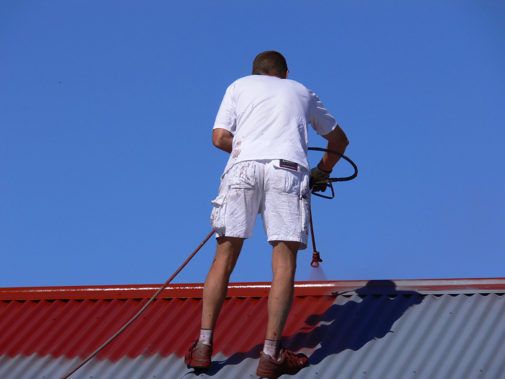 repainting-a-roof-before-aerial-installation